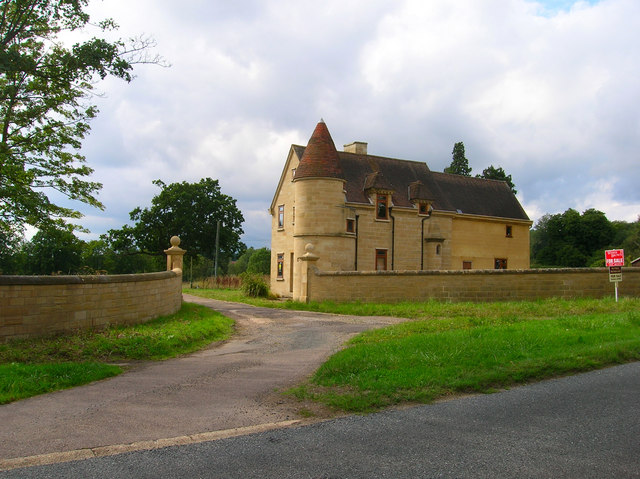 East Lodge, Wykehurst Park