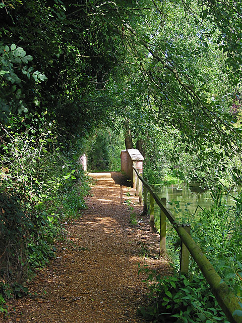 Footbridge across River Itchen west of Old Mill, Abbots Worthy
