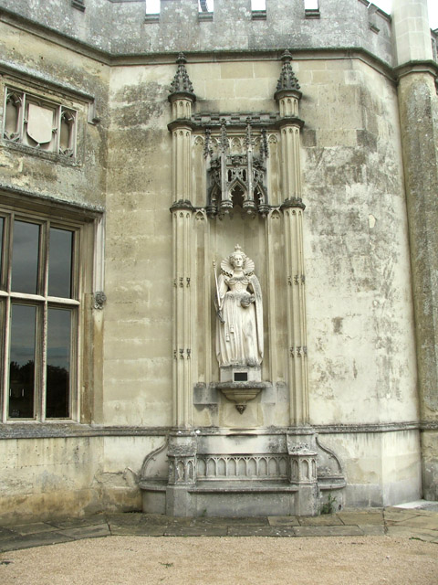 Statue of Queen Elizabeth I at Ashridge, Hertfordshire