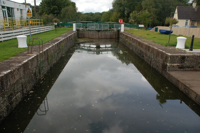 Movanagher lock, Lower Bann navigation; © Copyright Albert Bridge licensed CCL