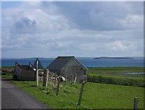 HY5332 : Farmland at Westside, Eday by Lis Burke