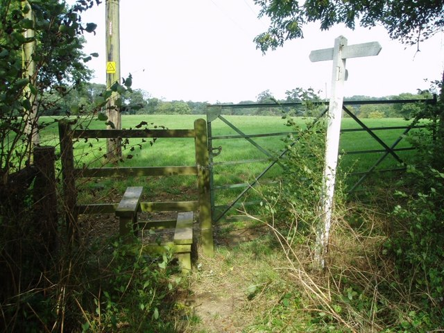Footpath sign and stile at Gt.Strudgate Farm