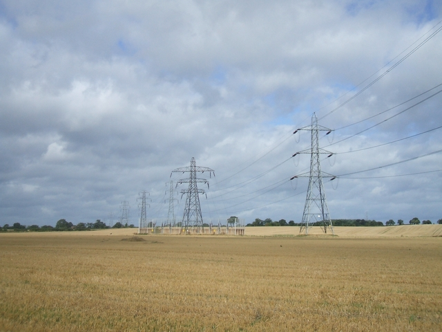 Pylons in open countryside off Linthouse... (C) John M :: Geograph ...: www.geograph.org.uk/photo/232322