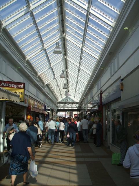Entrance To Bilston Indoor Market 169 John M Cc By Sa 2 0