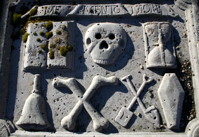 18th century grave slab, Logie Buchan kirkyard