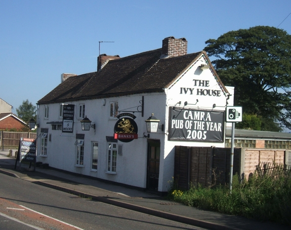 The ivy house inn north of bloxwich john m cc by sa 2 0 for The ivy house