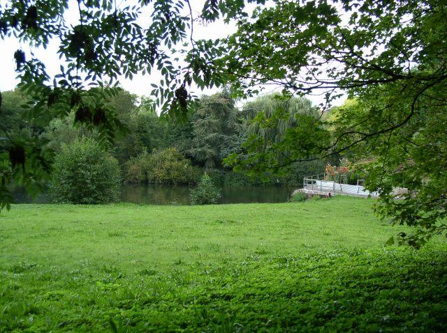 Drew's Pond