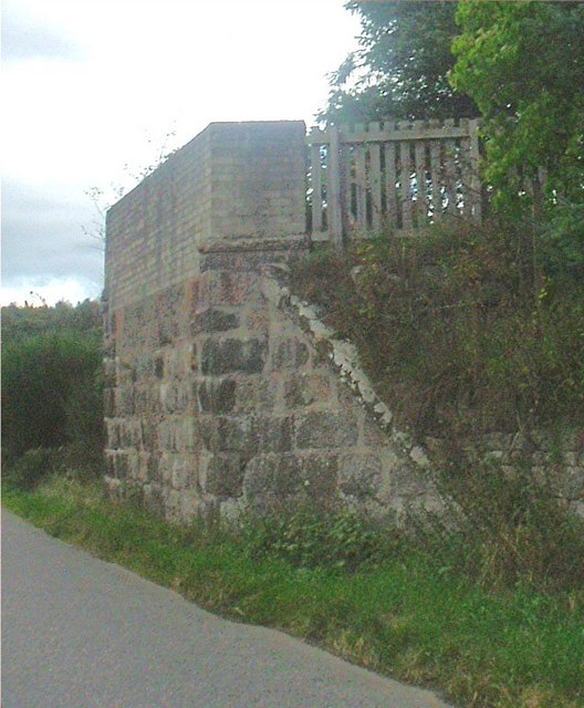Abutment of former railway bridge at Glassel