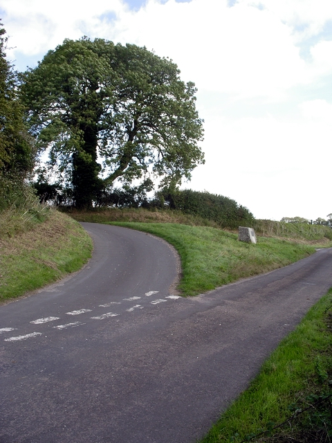 Lane junction and memorial to the Battle of Cheriton