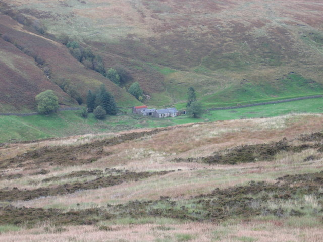 Glenmuirshaw farm from West Foredibban Hill
