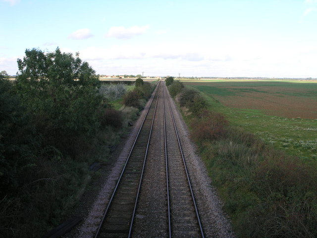 Lincoln Line Looking North