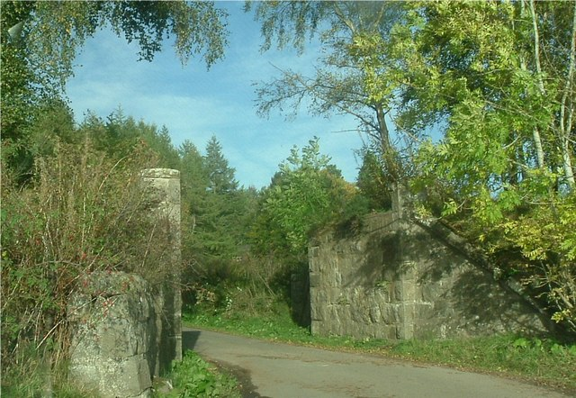Kirkbrae railway bridge abutments