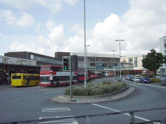 Poole Bus Station/Dolphin Centre