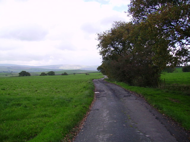 Track to Howith Farm