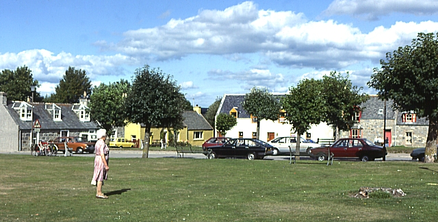 Tomintoul Square