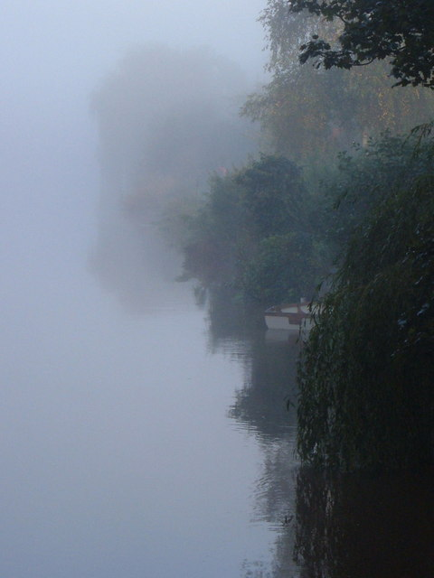River Exe in the mist