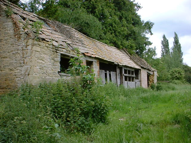 Old Barn in Spinney Close, Warmington