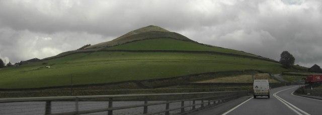 Pikenaze Farm and Farmland by A628