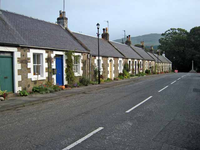 Row of cottages in Main Street, Straiton