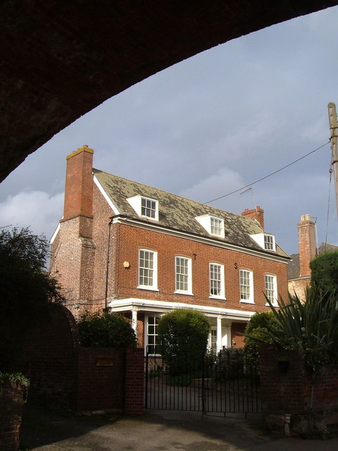 Queen Anne House, Lympstone