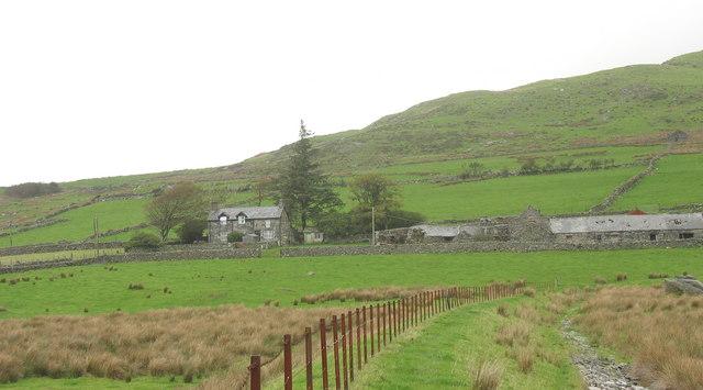 The Flood Dyke below Tyddyn-Mawr