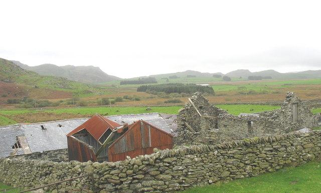Cwmystradllyn from Tyddyn Mawr
