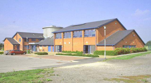 Riccall, Regen Centre