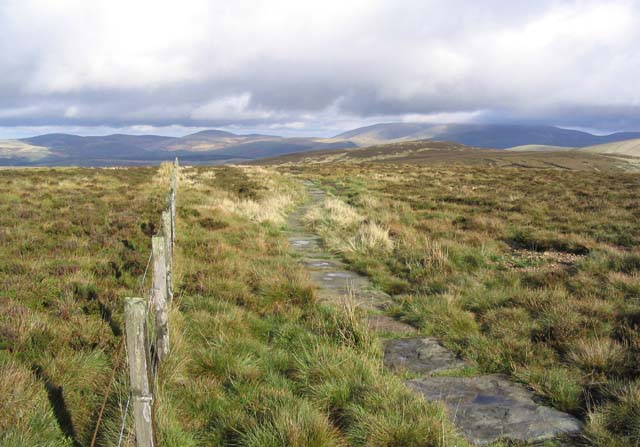 The Pennine Way at Beefstand Hill
