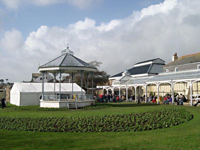 Gyllyngdune Gardens and the Princess Pavilion