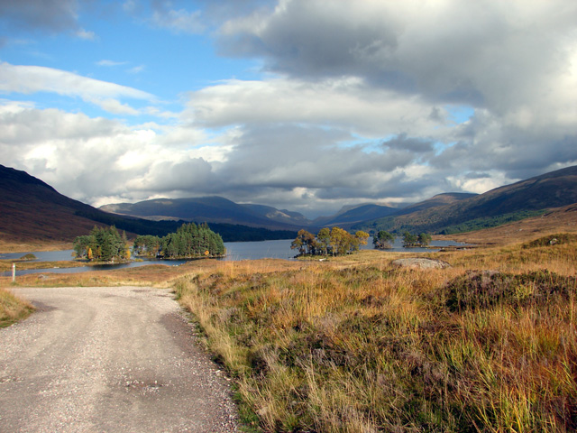 Track from Loch Ossian to Corrour Station