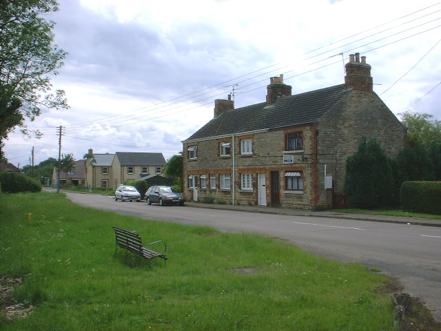 Cottages in Little Green, Warmington