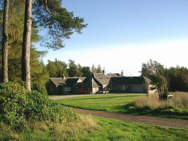 Logiealmond Lodge