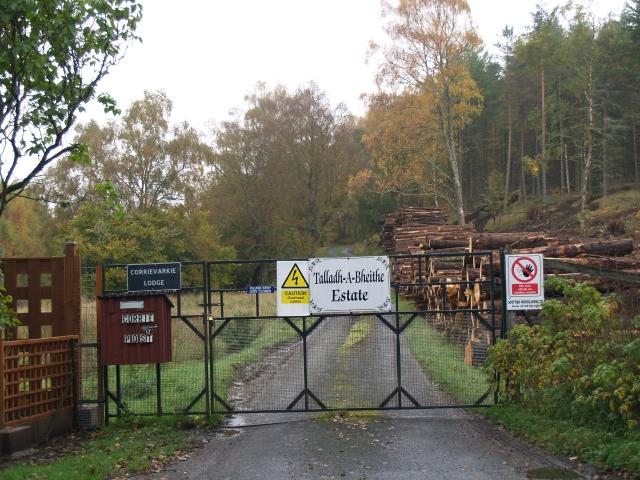Entrance, Talladh-A-Bheithe Estate