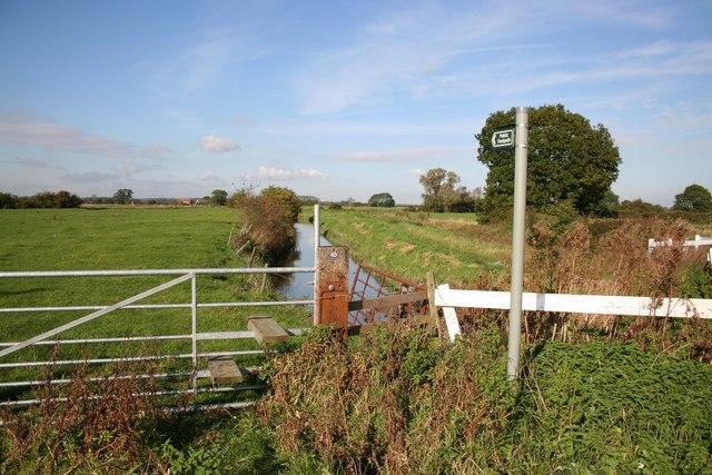 Cowcroft Drain Footpath