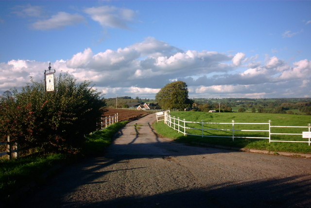 Farm Road to Rooks Nest