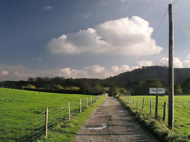 Entrance to Lower Chancton Farm
