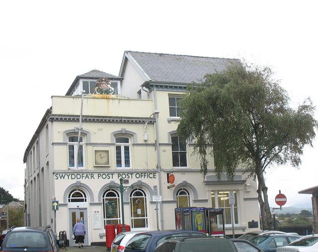 Swyddfa'r Post - Post Office, Y Maes
