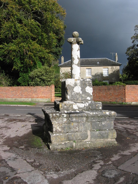 Preaching Cross in Barford St Martin