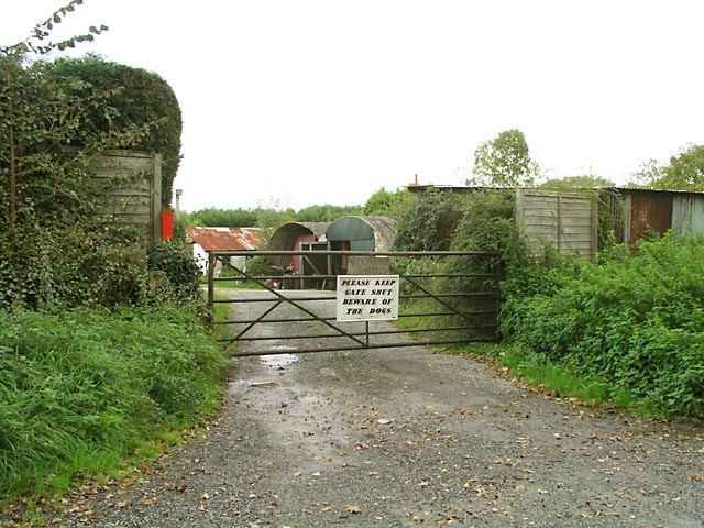 Entrance to Woolvens Farm
