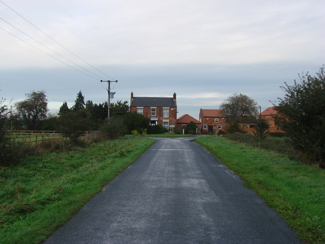 Balne Moor Farm , looking from Thorntree  Lane
