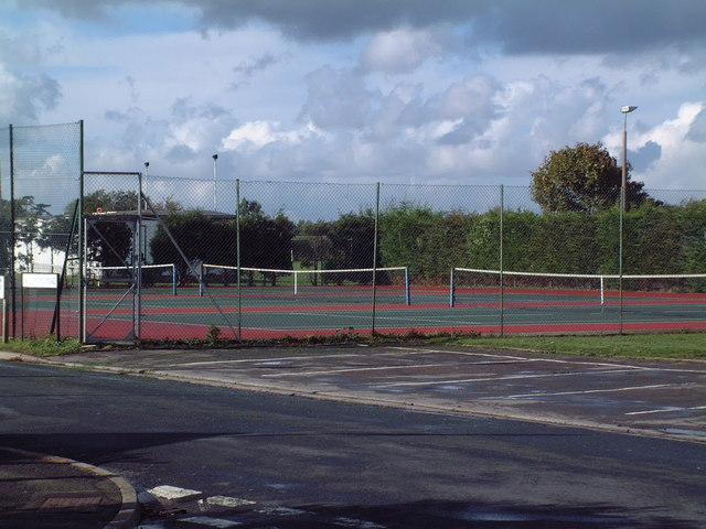 Tennis courts near Saltford Hall