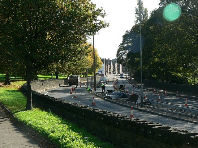 Roadworks, Abbey Road, Kirkstall