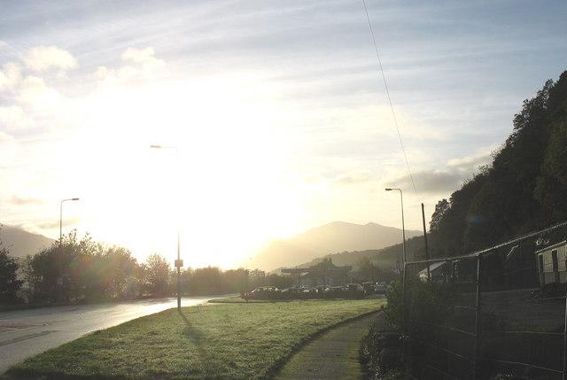 The Cwm-y-glo turnoff at daybreak