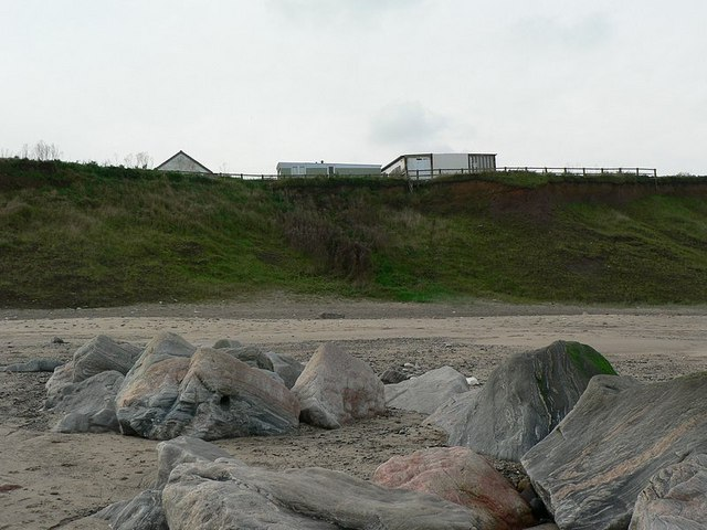 Cliff at Mappleton and Grays Farm