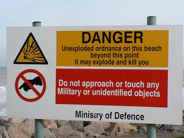 Warning sign, Mappleton