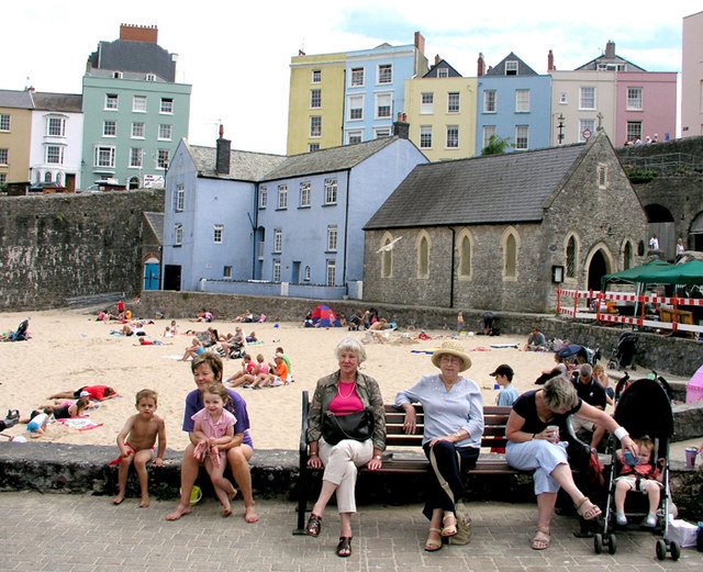 Holiday Time - Tenby