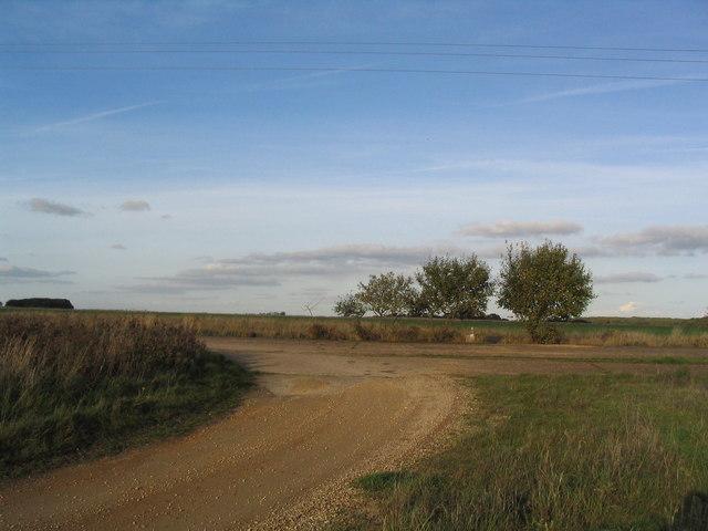 Bridleway into Deenethorpe Airfield