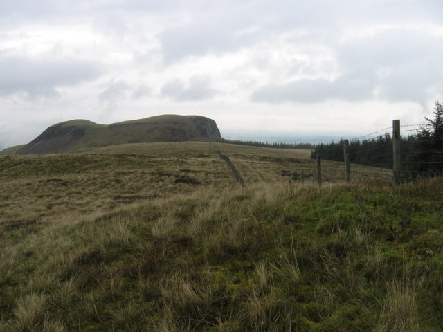 On Beld Hill towards Craig Rossie