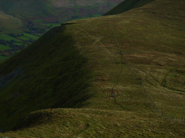 Descending Glasgwm to Cwm Cywarch