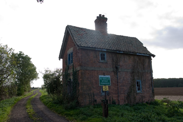 Derelict building at Battle Gate